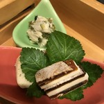 鶴べ別館 - 奥:わさび漬け/バターと干し柿のミルフィーユ