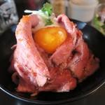 チャラリン - 料理写真:ローストビーフ丼大盛