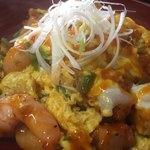 松華亭 - 料理写真:エビチリ丼