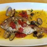 タベルナ ラ・メッセ - 本日のお魚料理(桜鯛のアクアパッツァ)