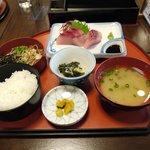 竹葉 - 朝獲れ魚定食880円
