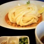 麺一滴 - ざるうどん、薬味 550円