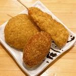 豚捨 - コロッケ、串カツ、ミンチカツ