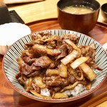 豚捨 - 上牛丼 1530円