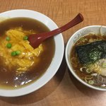 83432647 - 天津飯(*´∀`*)小醤油ラーメンセット