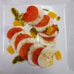 ビストロ じゅん - 味噌漬けトマトのカプレーゼ