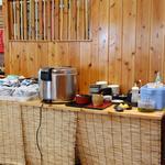 麺屋 空 - 食べ放題のご飯・お漬物