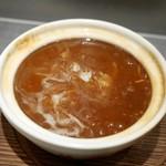 頂上麺 筑紫樓 ふかひれ麺専門店  - ふかひれの煮込みつゆそば(ハーフサイズ)