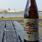 83441702 - 瓶ビールで一番搾りの大瓶550円