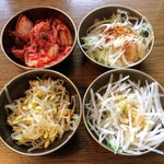samugyopusarutoyasaiifuu - 韓国おかず             4種類