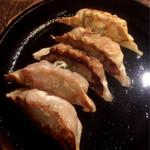 王道居酒屋 のりを  - 絶品餃子