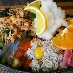 しらす料理の豊洋丸 - トリプル丼 up