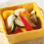 カラフル野菜の自家製ピクルス