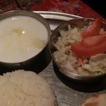 インド料理 MUTHU - ヨーグルト&サラダ