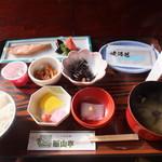 十和田湖ホテル賑山亭 - 料理写真:朝食