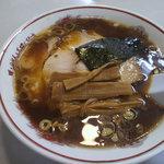 吾作 - ラーメン 醤油味 680円