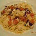 8347954 - 自家製パスタ。トマトソース&魚介類
