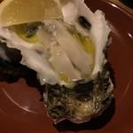 Baruagiyao - 隠岐産の殻付岩ガキ