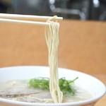 長浜ナンバーワン - 極細ストレート麺