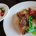 オルディネール - 【Bランチ 1,080円】 本日の鮮魚のソテー 香草風味のソース(サラダ、ライスorパン、デザート、ドリンク付)