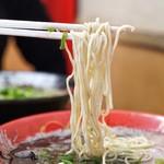 博多一幸舎 - 極細ストレート麺