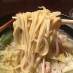 八幡浜はなれ - 中太ストレート麺