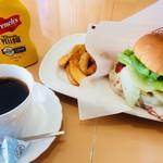 ピコピコ - 奥出雲チーズバーガーセット、コーヒー