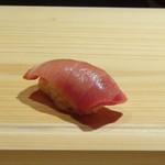 83481830 - ◆中トロ・・このシャリが一番熱く感じました。 程よい脂がのり美味しい。