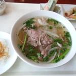 ベトナム料理レストラン 333 - 牛肉フォーセット(790円)