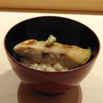 83481867 - ◆ノドグロ丼・・よく混ぜて召し上がってください、とのこと。 こちらの名物らしいですが、ふっくら焼かれたノドグロが脂がのっていて美味しい。