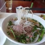 ベトナム料理レストラン 333 - ベトナムの麺は基本、ライスヌードルだ。