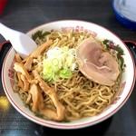 自家製太麺 渡辺 - らー麺 特大 730円