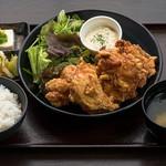 なるとキッチン - 小樽ザンギ定食