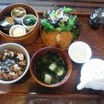じねんや - 軽井沢の恵み膳「月」。