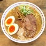 麺屋 奏 - 料理写真:濃厚鶏そば 750円