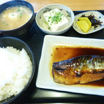 大阪屋食堂 - 鯖の煮付け定食