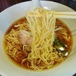 喜粋 - 小麦感漂う細麺!(醤油)