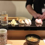 83495161 - カワハギ肝のせ、ノドグロ炙り、ホウボウ。海老のお味噌汁。