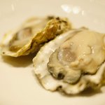 la Brianza - ランチコース 3000円 の広島県産かなわ水産の生牡蠣(2ピース)
