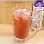 立呑み 晩杯屋 - トマト割り 290円 基本的にトマト好き。
