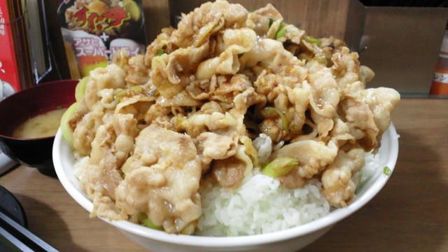 伝説のすた丼屋 横浜西口店 - 生姜丼肉増し4飯増し5