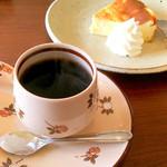 珈琲堂 lino - 料理写真:アロマ&チーズケーキ