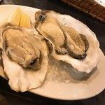 83503068 - 【2018年02月】カ牡蠣は産地も選べて楽しい食べ比べが出来ます。