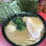 杉田家 - 出汁感溢れるスープの色!ちょいスープ入れ過ぎ^ ^