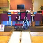 楽宴乃間 純家 -すみか- - 移動式スロープ完備!カウンター席の車椅子でご利用いただけます