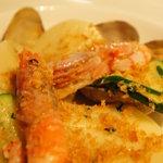 カンブーザ - Corzetti con gamberi rossi. vongole e zucchini.