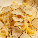 カンブーザ - 卵黄だけで練った自家製『タヤリン』 イタリア産 サマートリュフをかけて