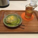ユーカリー - ユーカリ―セット(+50円)のデザート&ジャスミン茶