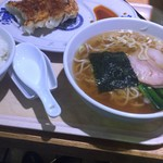 萬来軒 - 料理写真:餃子セット