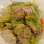 ほなな - 魚介とキャベツの炒め物